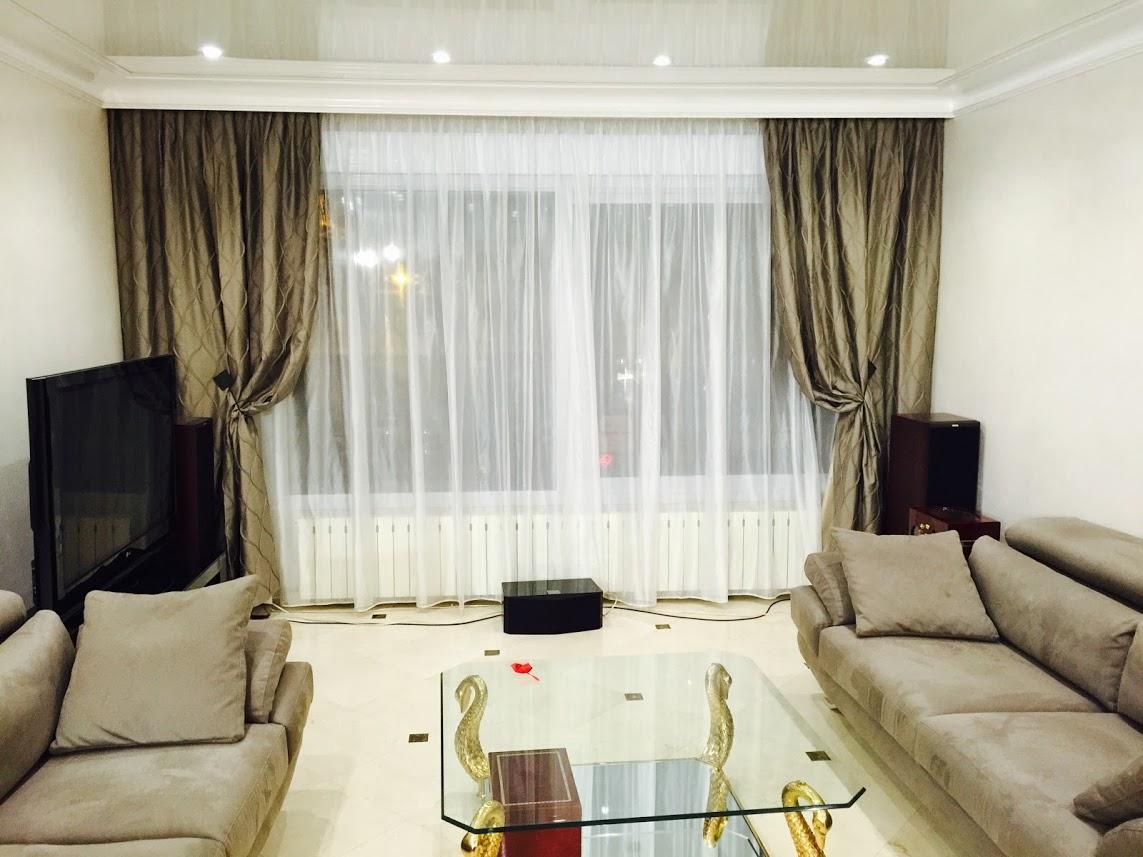 magasin rideaux paris id es d 39 images la maison. Black Bedroom Furniture Sets. Home Design Ideas